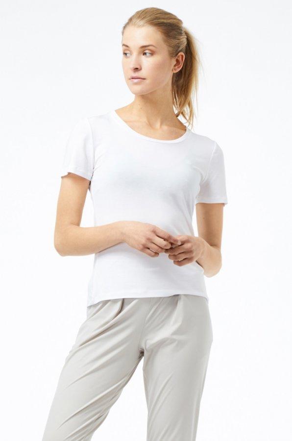 Classy round neck T-shirt white